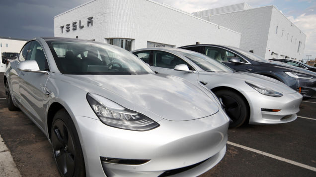 Fatal Tesla Model 3 Crash in Florida Prompts Investigations by Federal Agencies