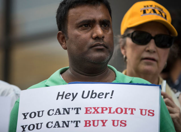 Furious Over Falling Pay, Los Angeles Uber Drivers Prepare to Strike