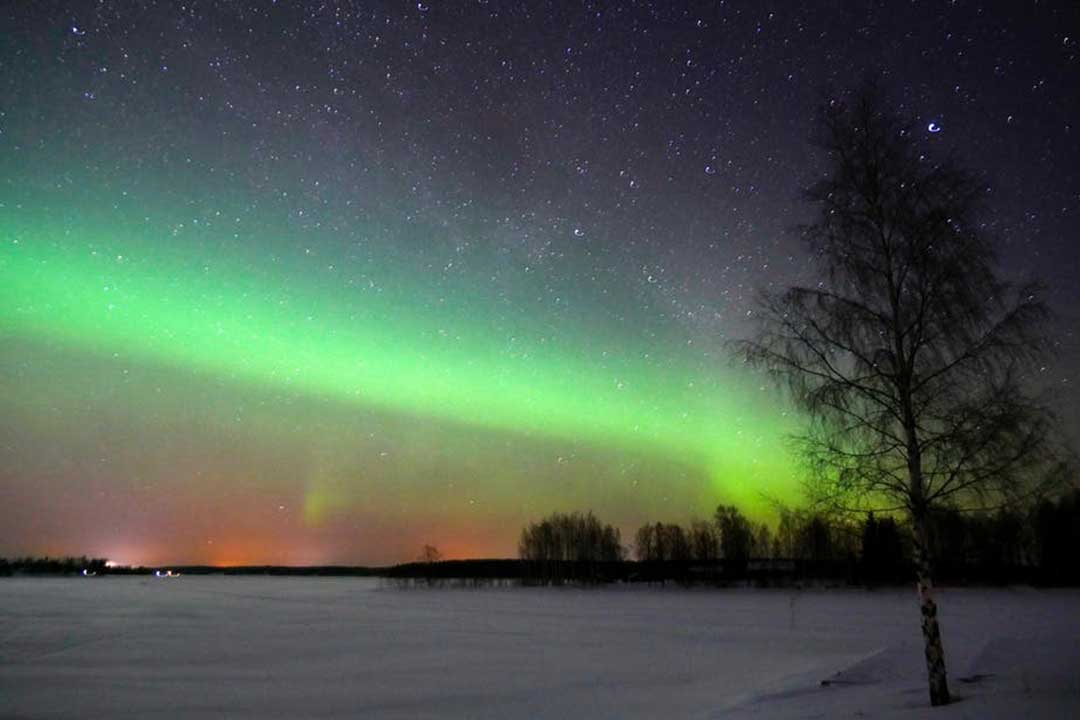 The Earth's Magnetic North Pole Is Shifting Rapidly - so What Will Happen to The Northern Lights?