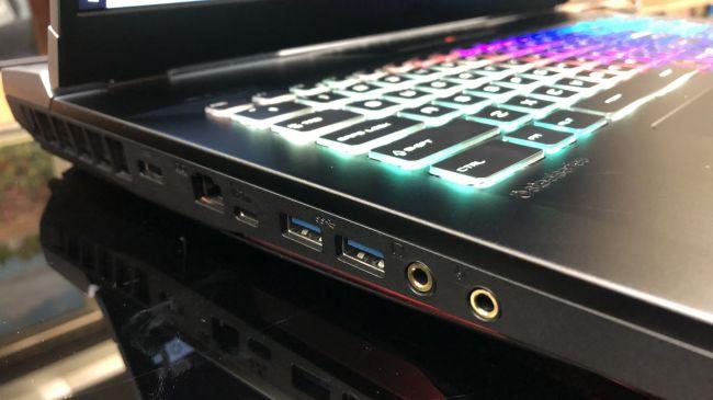 20190528-The-MSI-GT76-Titan-03.jpg