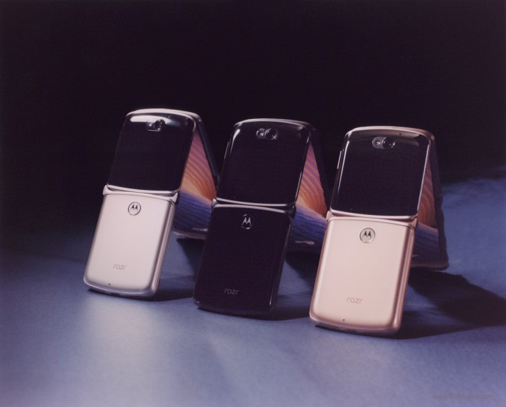 20200911.Motorola-Razr-5G-is-official-with-Snapdragon-765G-48-MP-camera-1-399-price-tag-03.jpg