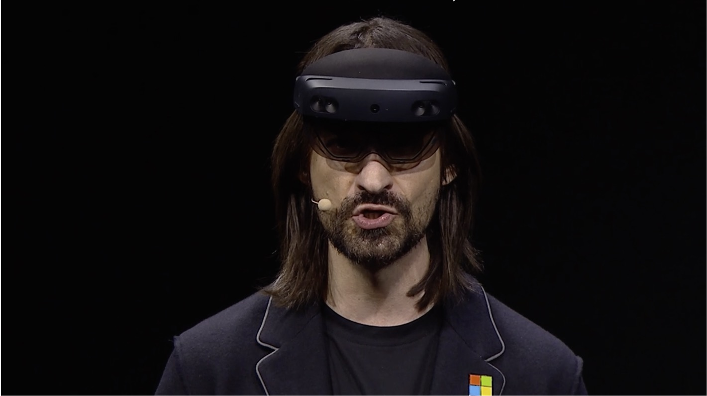 Microsoft's Sending a Confusing Message With Its HoloLens 2